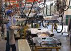 Disminuyen horas trabajadas en el sector de las manufacturas: Inegi